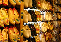 IMG 4251 - Wooden clogs